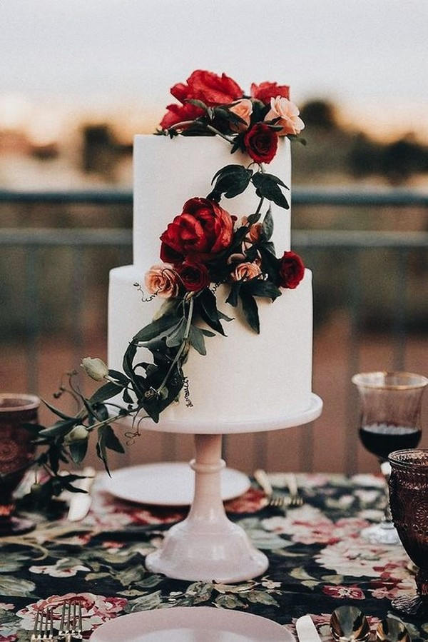 chic fall and winter wedding cake ideas(1)