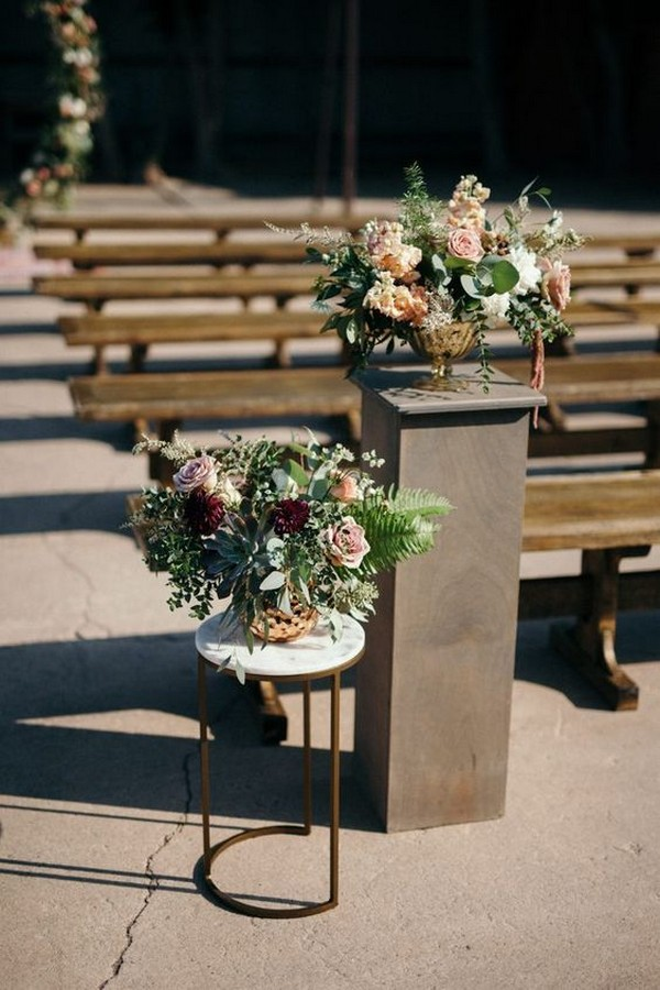 outdoor burgundy and blush fall wedding aisle decoration ideas