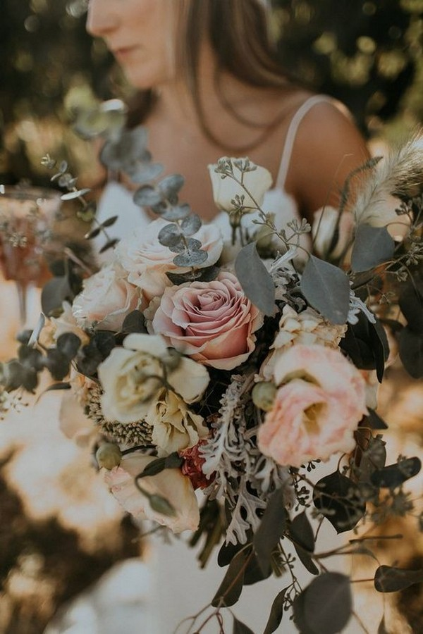 boho chic wedding bouquet with dusty rose