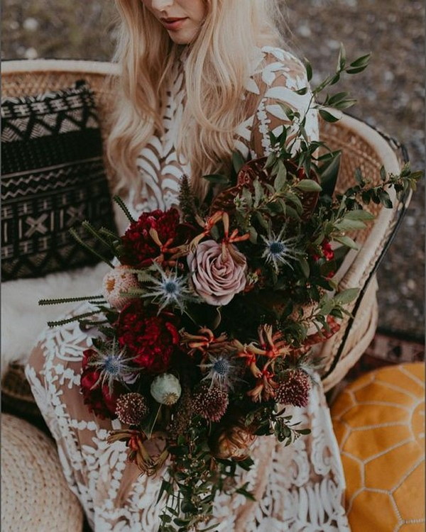 moody bohemian wedding bouquet