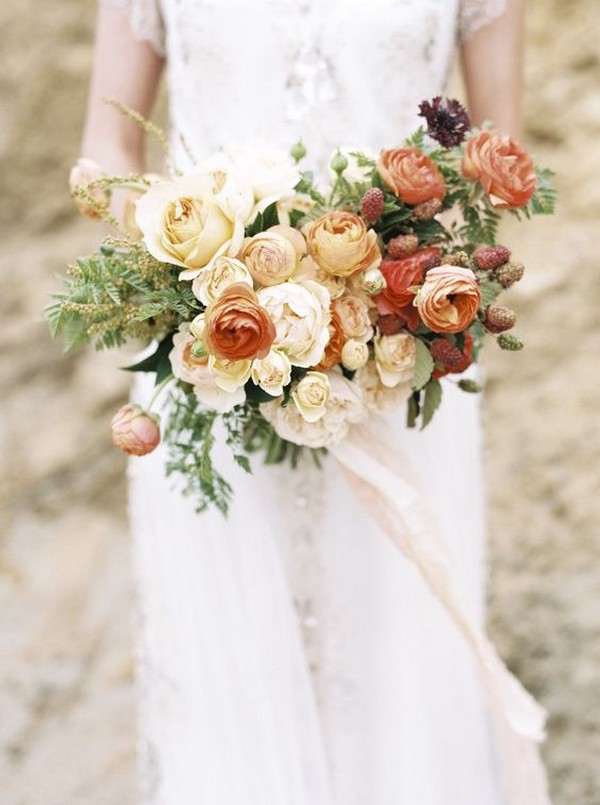 shades of orange wedding bouquet ideas