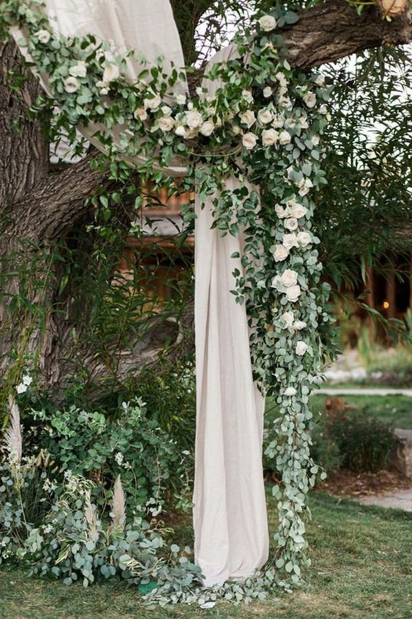 wedding backdrop ideas with hanging garland