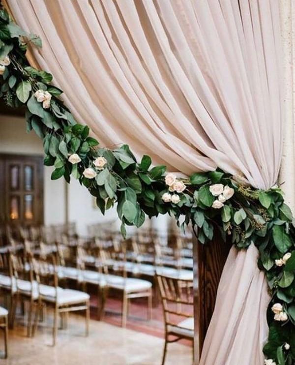 wedding decoration ideas with garlands