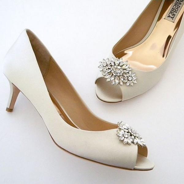 Low heel peep-toe wedding shoes
