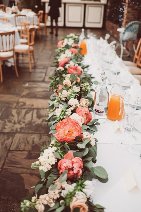 coral and greenery wedding centerpiece garland ideas