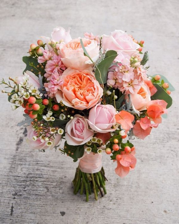 coral pink wedding bouquet ideas