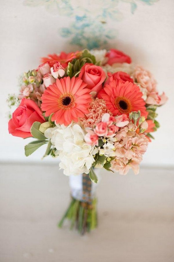 coral wedding bouquet ideas