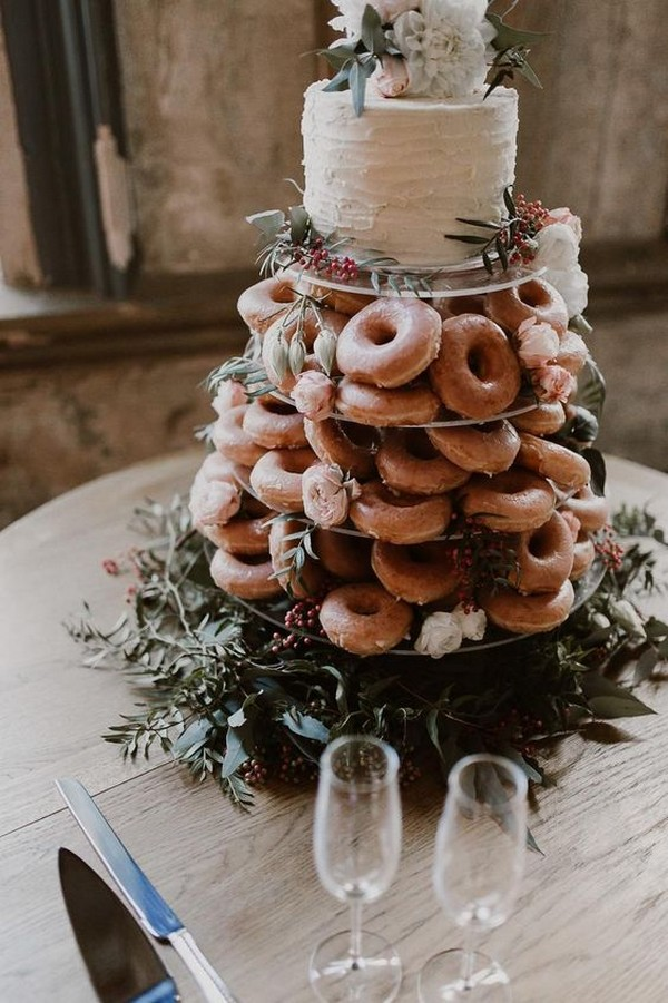chic delicious wedding cake with donuts