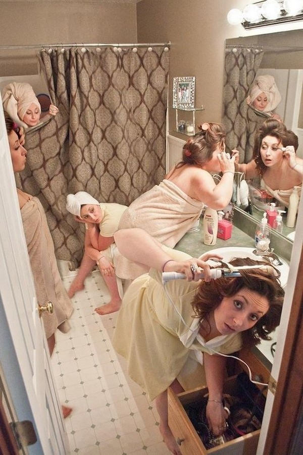 fun wedding photo ideas with your bridesmaids