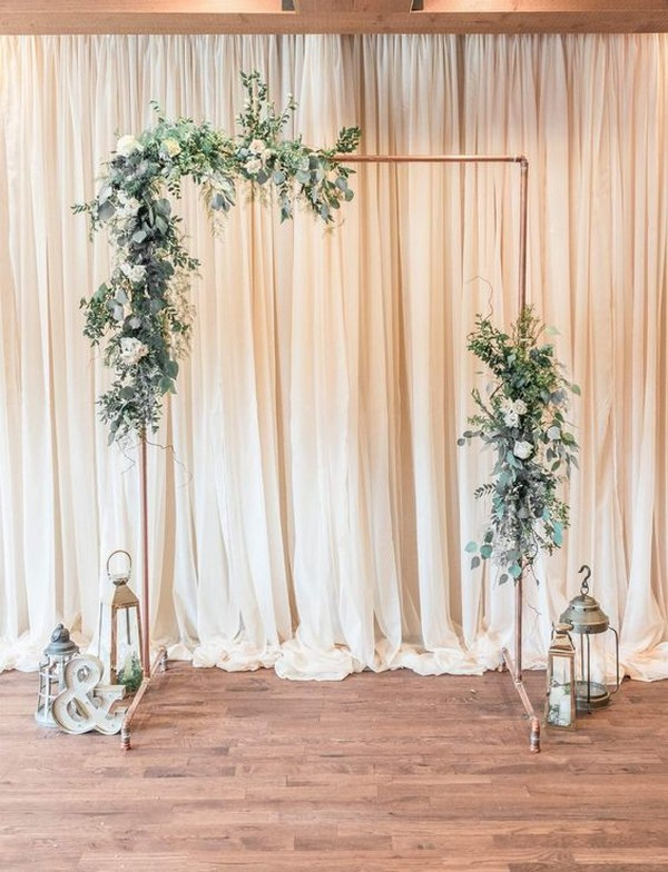 minimalist wedding photo booth backdrop ideas