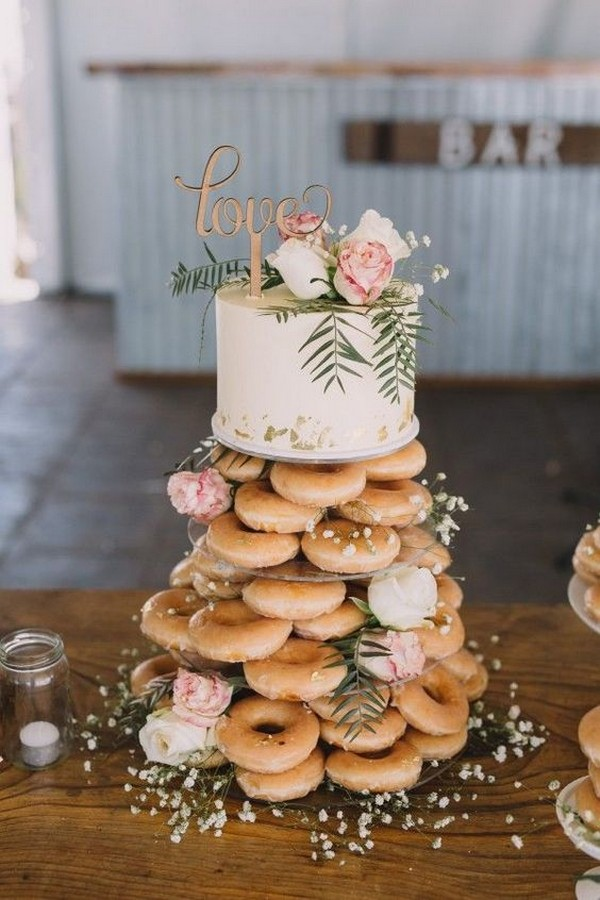 wedding cake ideas with donut tower