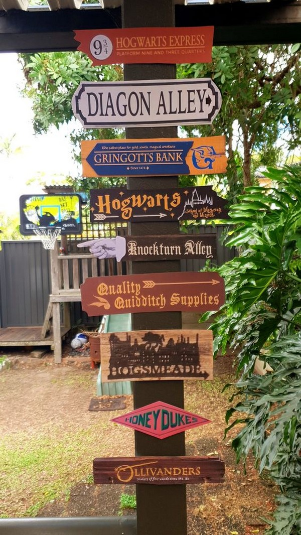 Harry Potter themed wedding signs