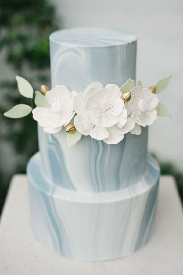blue and white marble wedding cake for spring summer