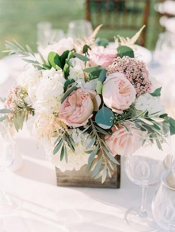 chic shades of pink summer wedding centerpiece ideas