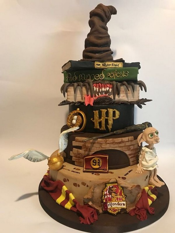magical Harry Potter themed wedding cake