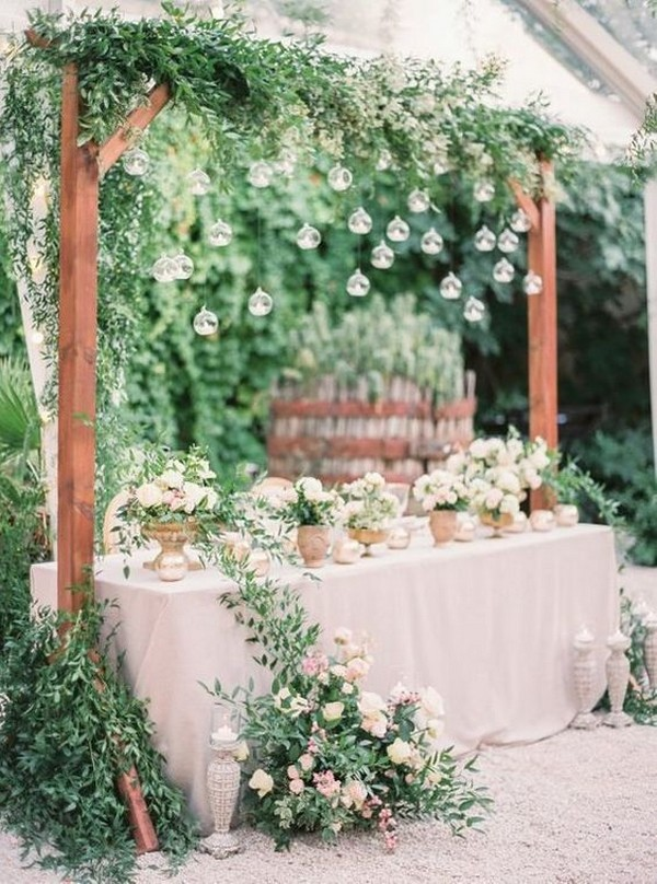outdoor wedding sweetheart table ideas with hanging candles