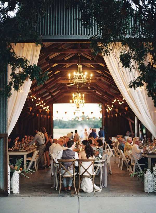 country wedding reception ideas in a barn