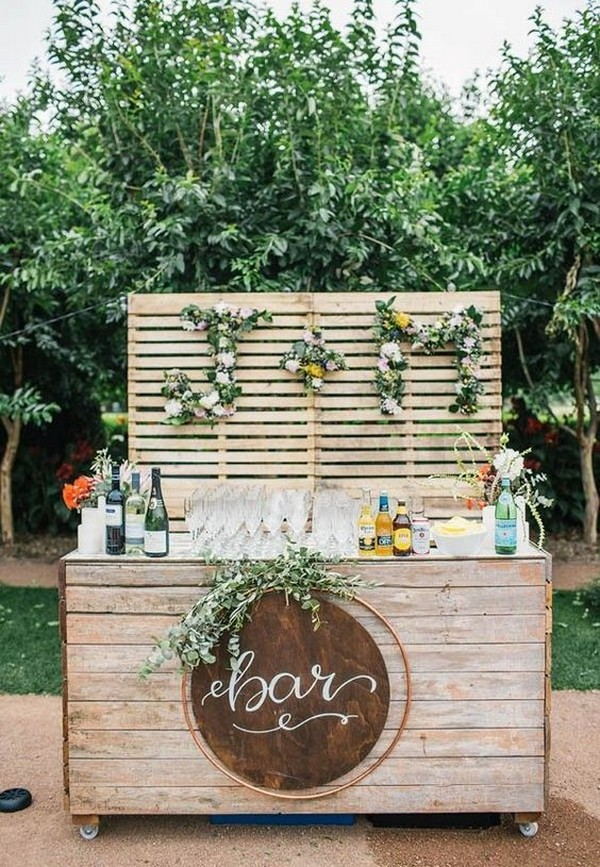 outdoor wedding drink bar for summer