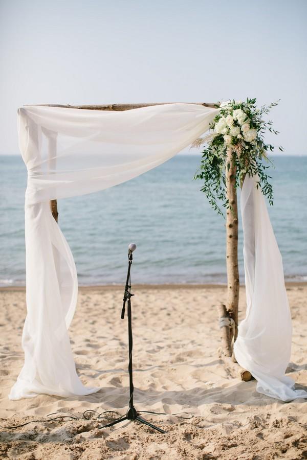 simple chic beach wedding arch ideas