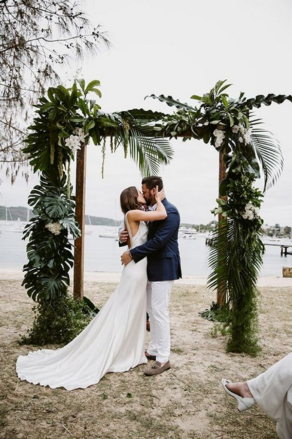 20 Stunning Beach Wedding Ceremony Ideas Backdrops Arches