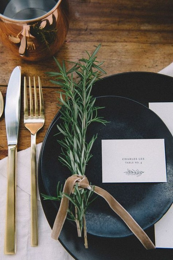 black greenery and copper wedding table setting ideas