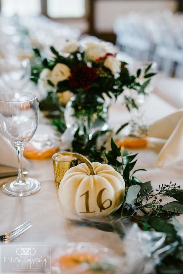 fall wedding centerpiece ideas with pumkins