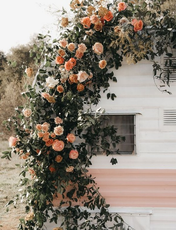 shades of orange and greenery fall wedding arch ideas