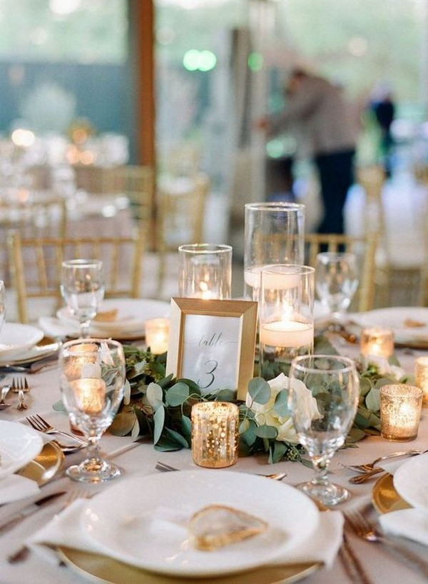 simple greenery and candles wedding centerpiece ideas