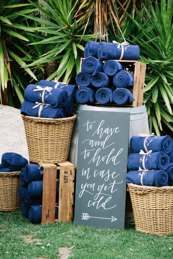 blue blankets as outdoor wedding favors