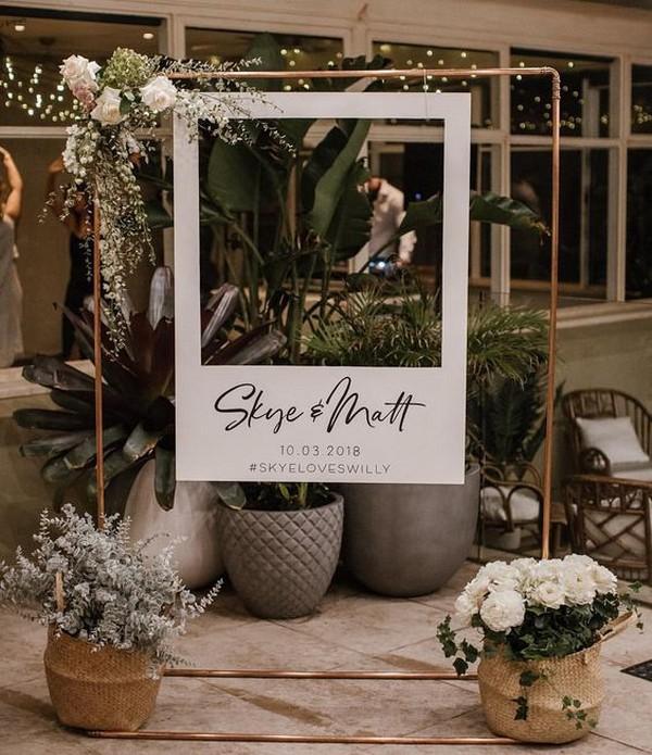 Chic Polaroid Wedding Photo Booth Ideas