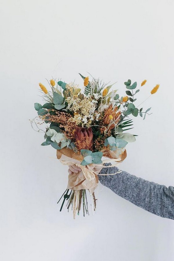 creative fall wedding bouquet colors