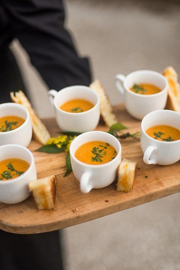 grilled cheese and tomato soup for fall wedding food