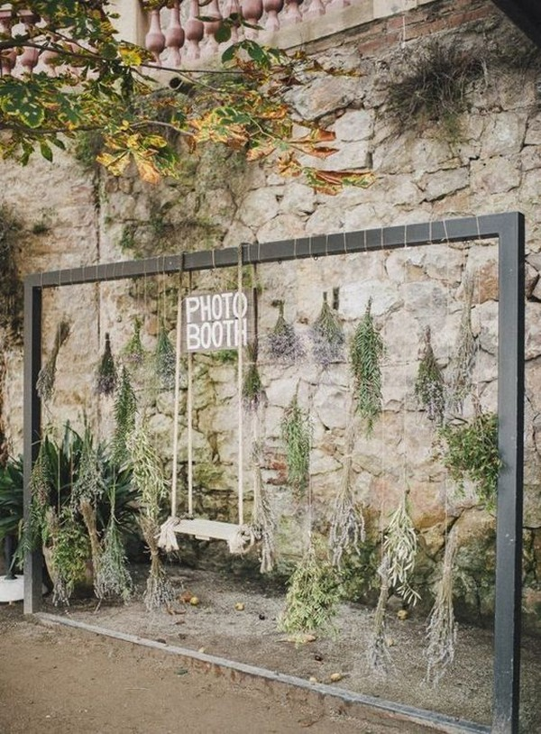 outdoor swing wedding photo booth