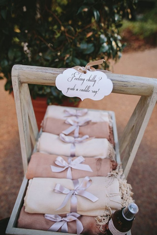 rustic fall wedding favor ideas