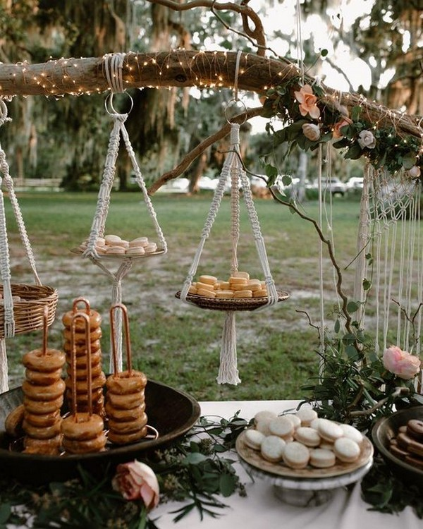 amazing outdoor wedding dessert table display ideas