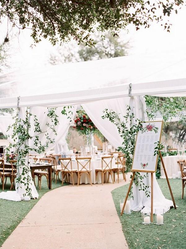 chic outdoor wedding entrance decoration ideas