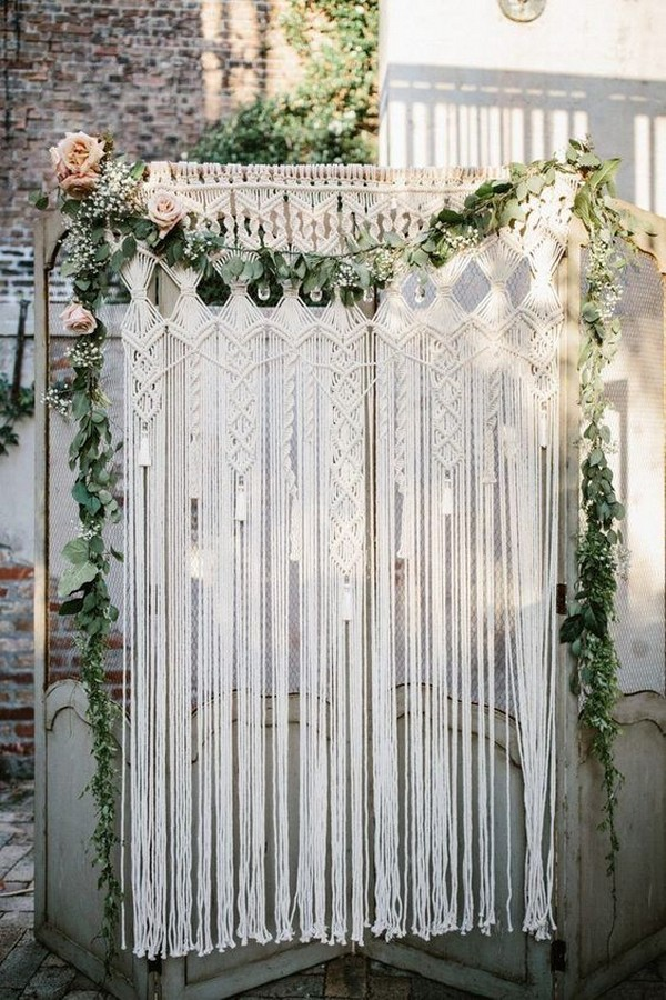 modern botanical and macrame wedding backdrop ideas