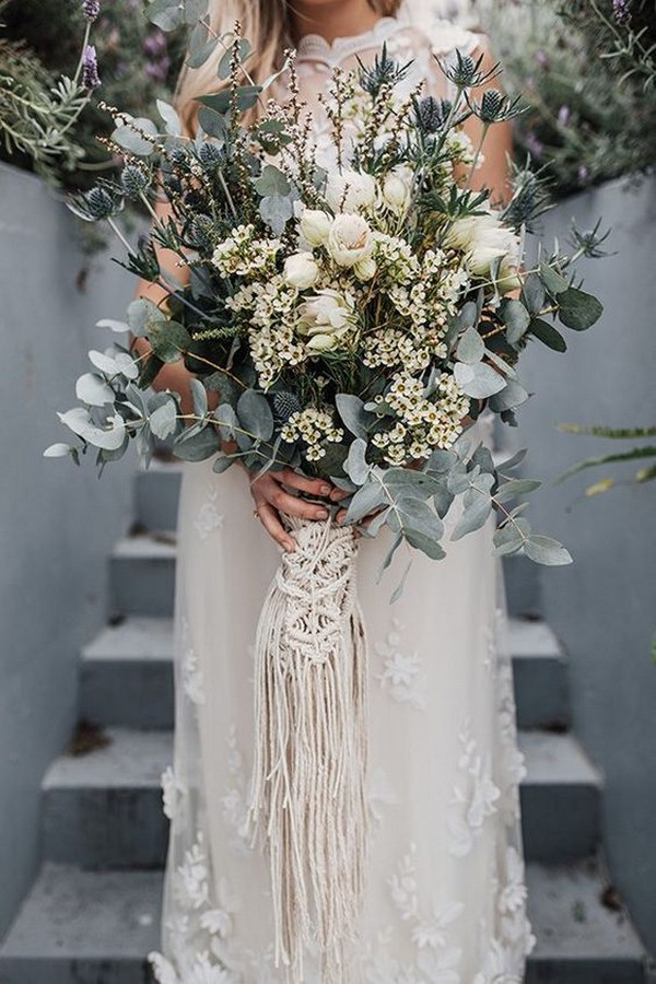 neutral wedding bouquet with macrame