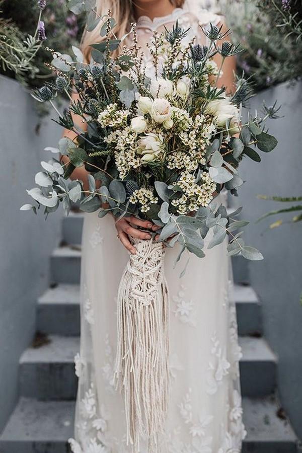 neutral wedding bouquet with macrame