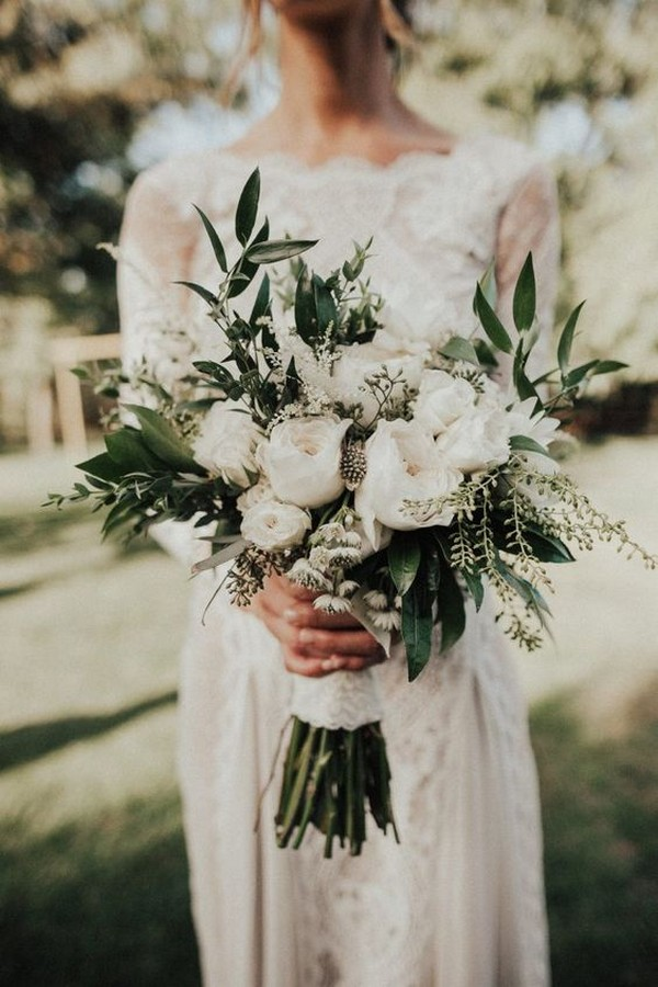 trendy white and green simple wedding bouquet