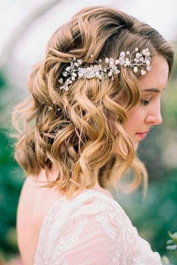vintage medium length wedding hairstyle