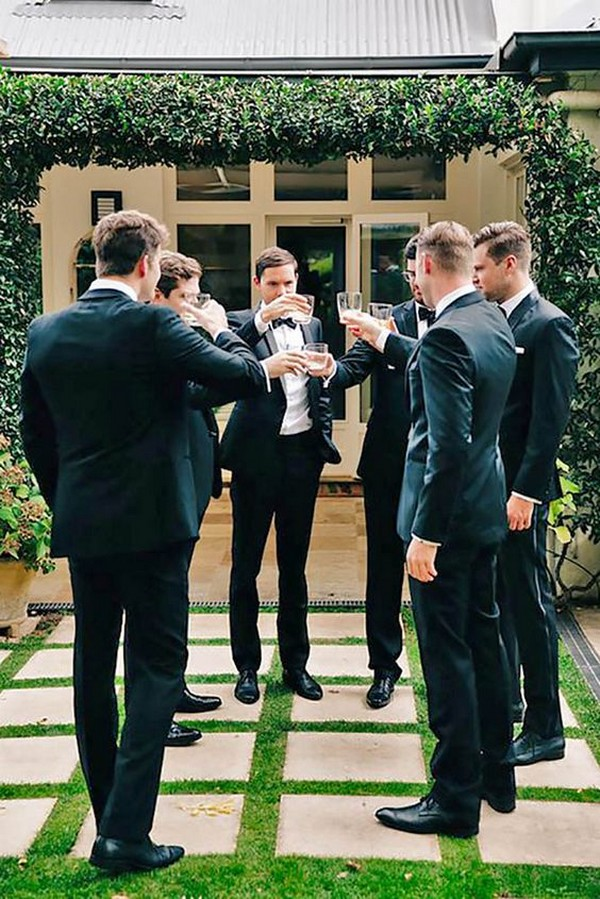 wedding photography ideas for groomsmen
