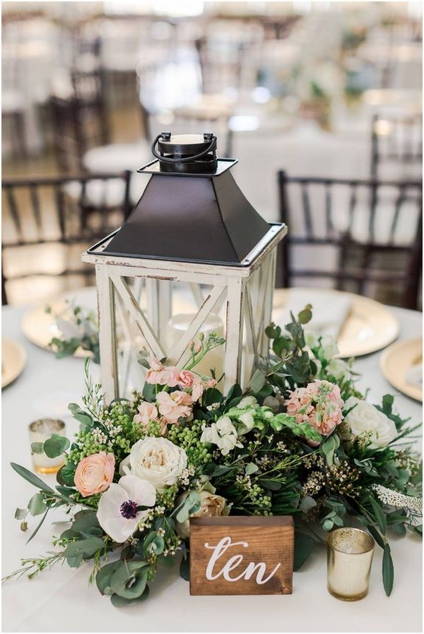 chic rustic lantern wedding centerpiece ideas