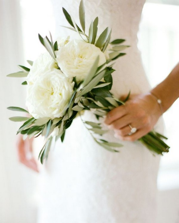 petite simple wedding bouquet