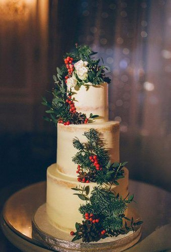red and green winter wedding cake