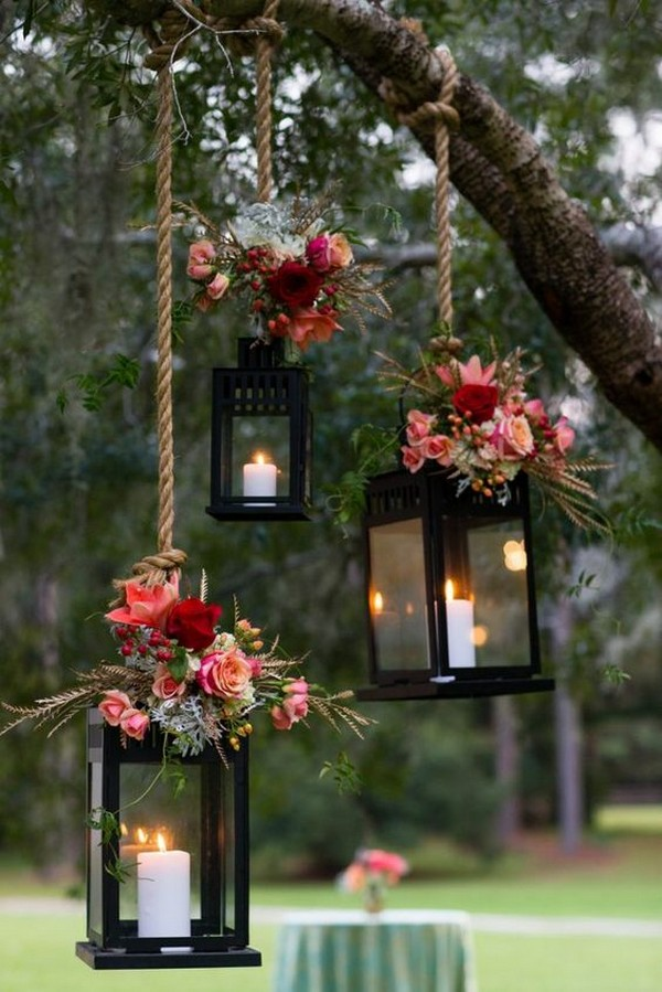 rustic wedding decoration ideas with hanging lanterns