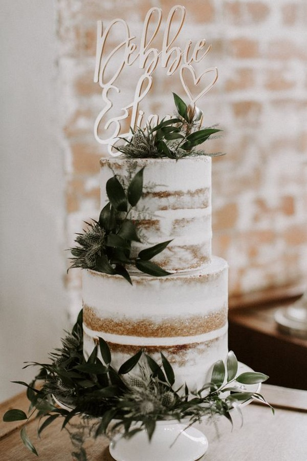simple winter Wedding Cake With Foliage