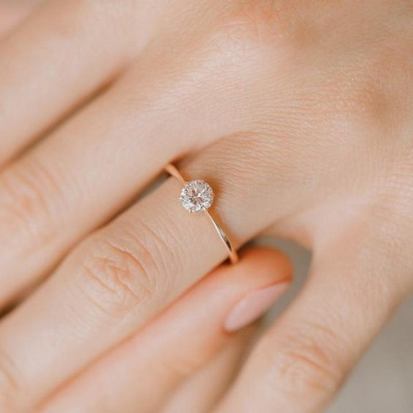 simple yellow gold diamond wedding engagement ring