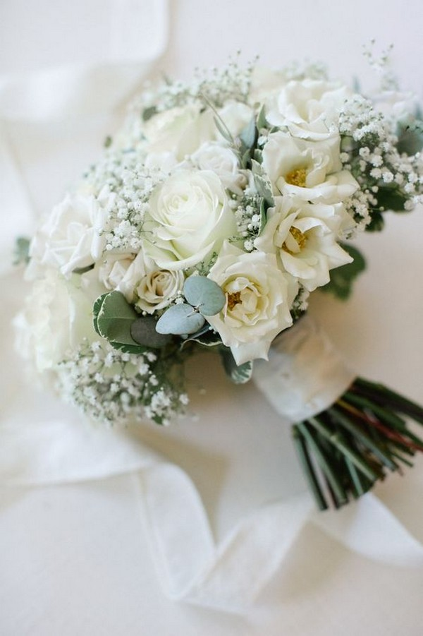 White roses and baby's breath wedding bouquet ideas