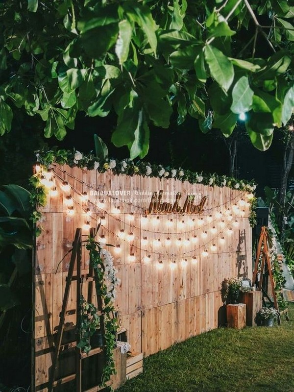 budget friendly rustic wedding backdrop ideas